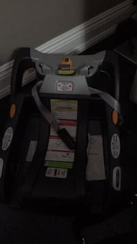 Chico keyfit 30 car seat base Mississauga, L5R 0A8