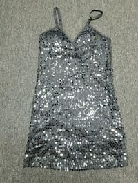 gray and white floral sleeveless dress 3129 km