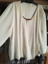 XL .. has makeup stains.. someone might get rid of it.. can have it Odessa, 79766