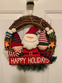 Holiday Wreath  Hauppauge, 11788