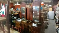 OAK DRESSER WITH DOUBLE MIRROR Forest Hill, 21050