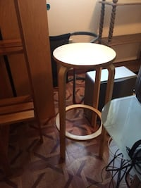 Wood stool Laval, H7G 3Z4