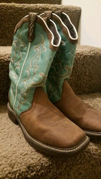 Ladies Justin Gypsy Boots. Like new size 9b Adairsville, 30103