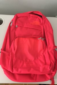 The north face original back pack BRAND NEW-no tags