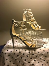 Pair of sliver leather open-toe heeled sandals Germantown, 20874