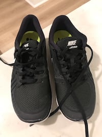 Nike Black Sneakers Size 7.5 Fort Lee, 07024