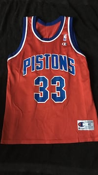 Red and Blue Pistons Grant Hill jersey  Detroit, 48219