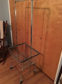 Laundry Rolling Metal Basket/Rack Seattle, 98118