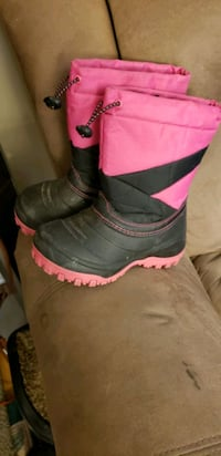 girls boot size 1