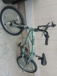 green and white hardtail mountain bike Oxnard, 93036