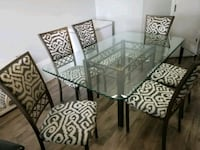Beautiful glass table and chairs  Mississauga, L4Z 2Y8