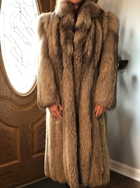 Fur Coat - Natural Pearl Fox (original owner)