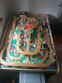 All wood train table