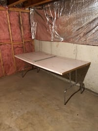 Table / Work bench