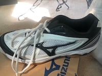 Women's Volleyball Shoes size 10 Harker Heights, 76548