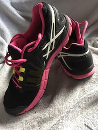 ASICS cross trainer / running shoe Winnipeg