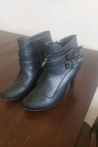 New Black heels London, N6B 1X6