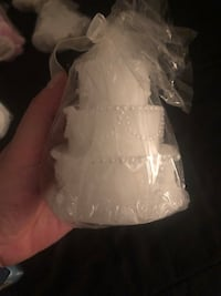 Wedding cake candle (2 available).