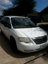 Chrysler - Town and Country - 2007 Katy, 77449