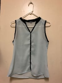 Used women's button-up blouse size: xs