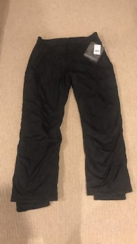Women's ski pants new with tags Pleasantville, 10570
