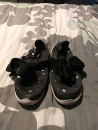 **free JoJo tennis shoes girls size 5