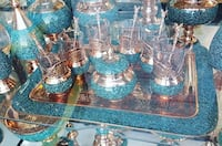 four clear glass candle holders Brossard, J4W 2Y9