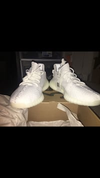 pair of white Adidas Yeezy Boost 350 with box Reston, 20194