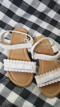 pair of brown-and-white leather sandals Little River, 29566