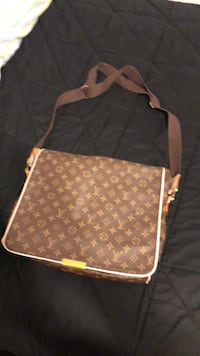 Brown and white leather crossbody bag Albuquerque, 87112
