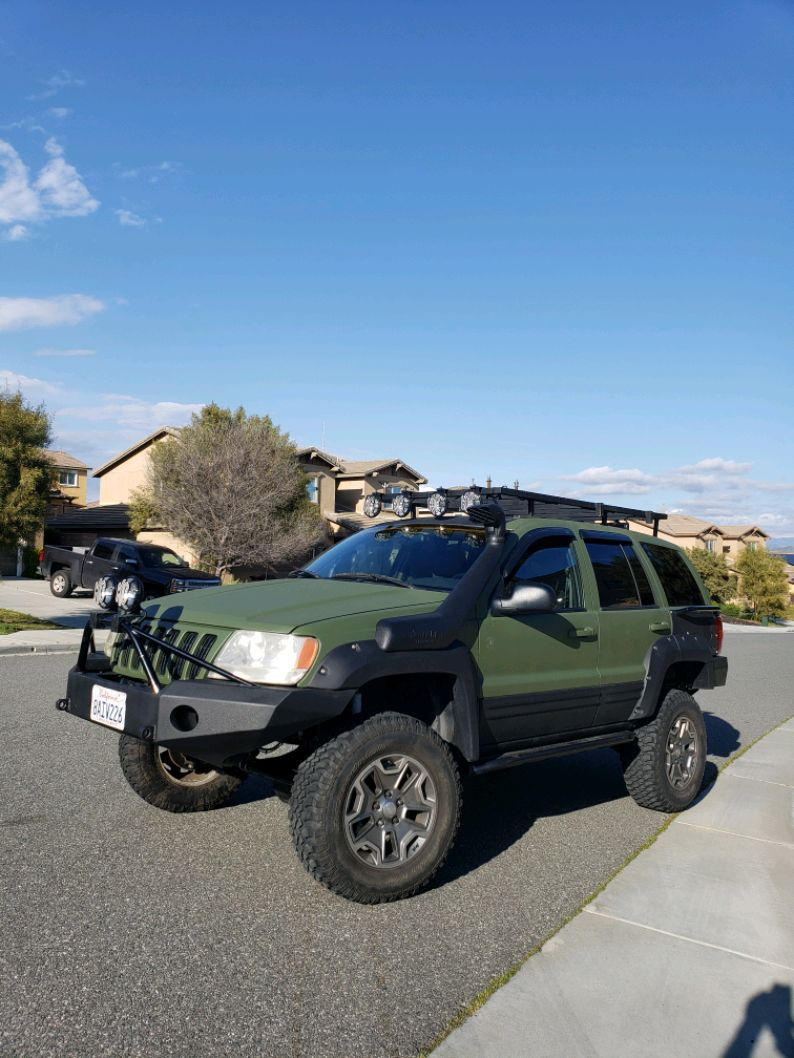 Photo 2000 Lifted 4x4 Built Jeep Grand Cherokee, New Build, Runs Perfectly!