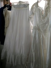 Gorgeous wedding gown, Veil and Petticoats Plus