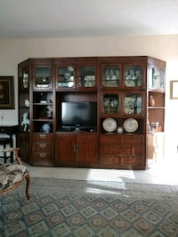 flat screen TV and brown wooden display cabinet Fort Lauderdale, 33308