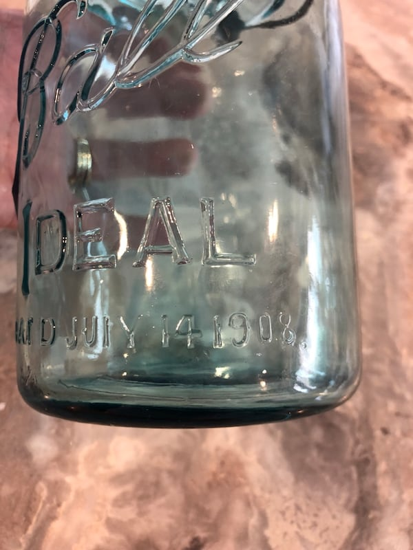 Vintage Blue Ball Quart Wire Side #8 Pat'd 1908 81d40d36-0247-4367-94aa-887d89af56d6