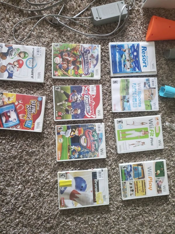 Nintendo Wii with all accessories and 10 games aa4ce9fc-fb6d-4f5c-b7b2-5bf6a5f02e48