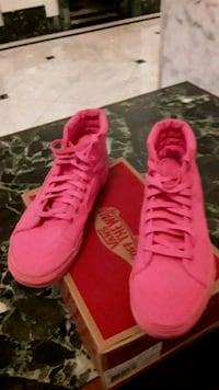 Neon Pink  VANS size women 9 1/2 and men 8 Washington, 20005