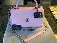 Gorgeous brand new pink purse  Hamilton, L8W 3H2