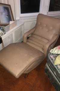 Vintage Reclinable Massage Chair