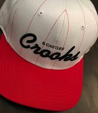 White and red crooks & castles SnapBack  Montréal, H3C 4W7
