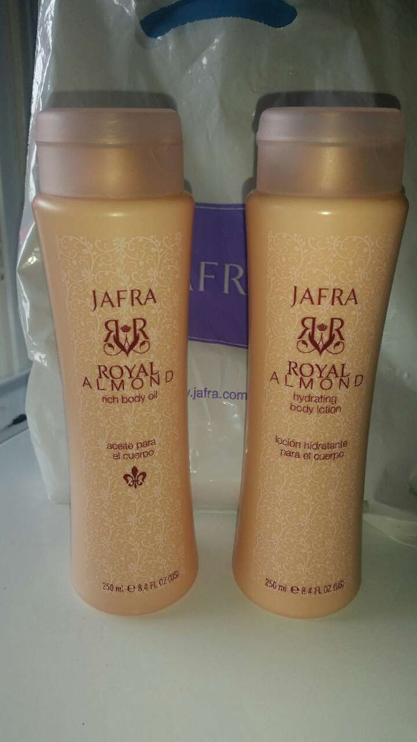Used jafra royal almond rich body oil and body lotion for sale in Fresno - letgo