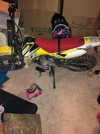Yellow and black motocross dirt bike 21 km