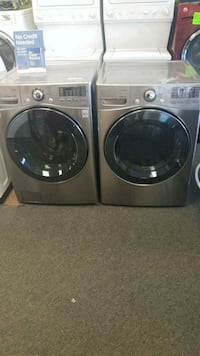 LG new washer and electric dryer set 43 mi