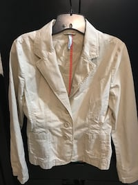 white 3-buttoned blazer Germantown, 20876