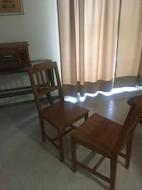 two chairs dining set for $10 you pick up  Hamilton, L8P 1W9