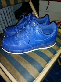 mens size 8 1/2..... 55$ new like condition firm on price