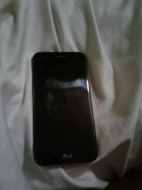 Works but screen broken.selling for parts Ottawa, K2A 3X5