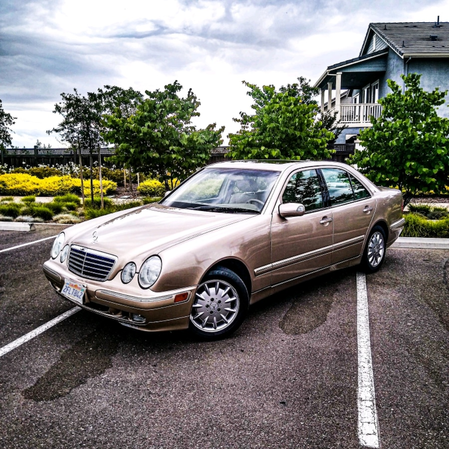 Photo 2002 Mercedes-Benz E-Class E320 4Matic