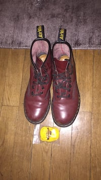 Doc martens bordeaux  Paris, 75003
