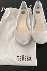 Melissa Jelly shoes size 8 Toronto, M9C 1Y3