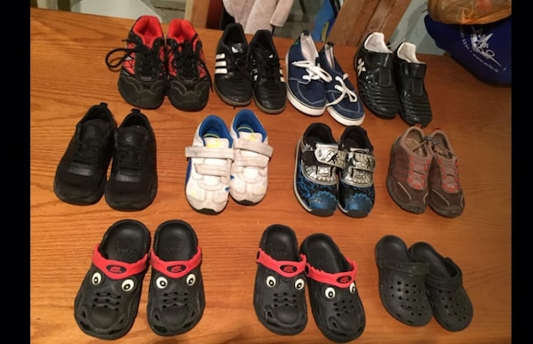 Assorted kids shoes 46f71297-cdc8-4fac-8e69-f07e13f01c0e